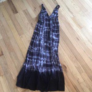 Gypsy tie-dye maxi dress size small